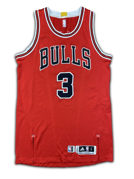 Dwyane Wade 2016-17 Chicago Bulls Game Worn Road Jersey - Rare (Miedema LOA)